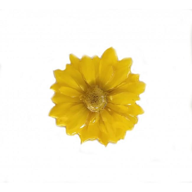Медальон/брошка Хризантема Бенджамас, жълта