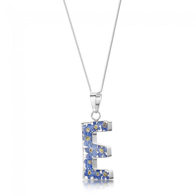 Медальон с Буква E, Незабравки